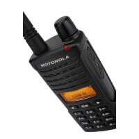 Motorola XT660d digitális ipari engedély nélkül használható adóvevő