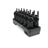 MotorolaCLR446 adóvevő HKLN5006A készüléktartó övcsipesszel és PMLN8250A 12 férőhelyes asztali töltő