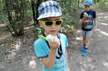 Gyerekek - játék a szabadban - Motorola Talkabout T42 walkie talkie