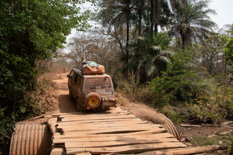 Bamako 2020 - Anico - Motorola T82 adóvevők